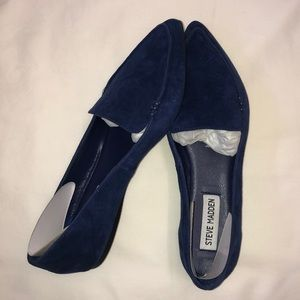 Steve Madden feather navy loafers. Sz 6.5